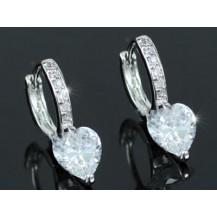 Серьги Sparkling Heart CZ Simulated Diamond Small Huggie Earrings SE412